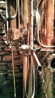 Oggio viene destillata la grappa alle prugne