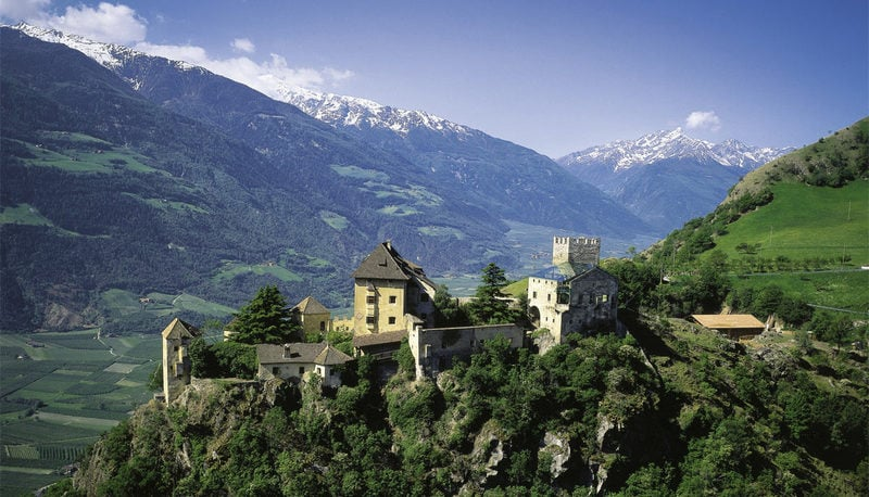 Val Venosta: Amazing World of Nature