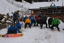 """Ciaspolata con divertente discesa con lo snowboard ed il """"Pöckl"""""""