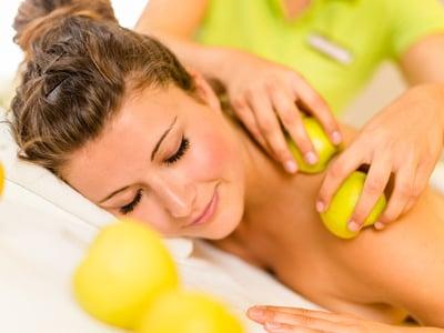 Massageanwendung aus unserem Sesvenna Spa