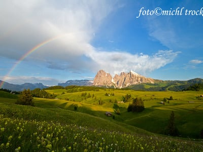 Hiking and trekking in the Dolomites