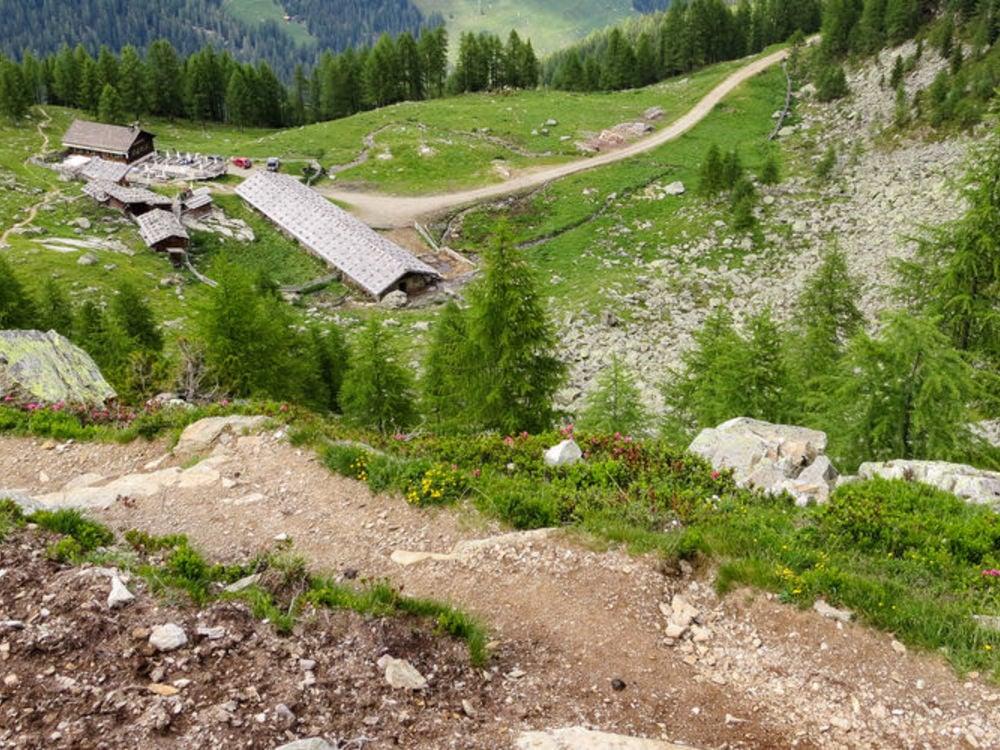 Escursione anulare alla malga Fiechtalm