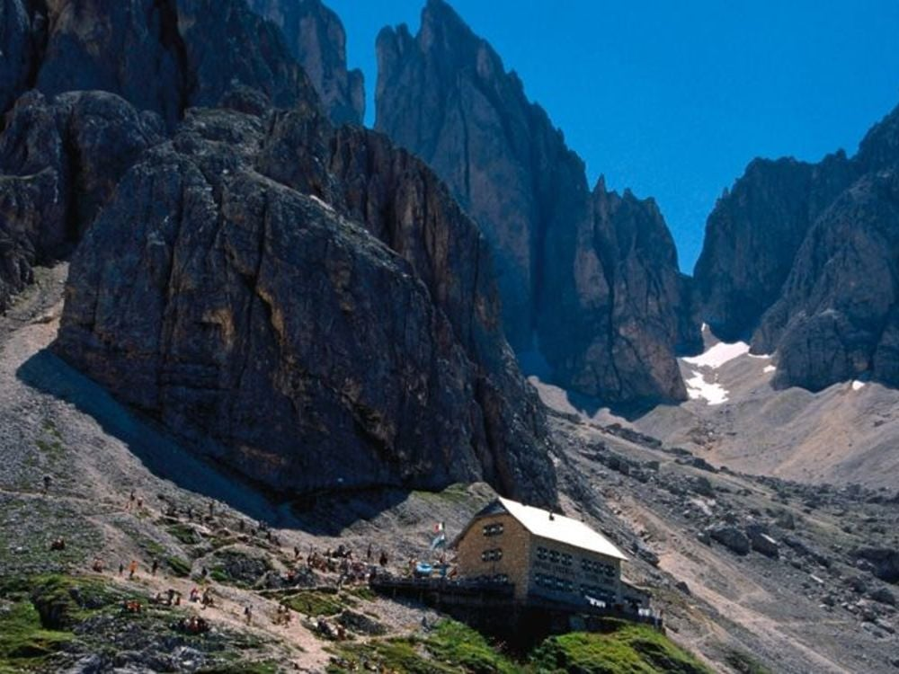 To the Rifugio Vicenza (Langkofelhütte) mountain hut