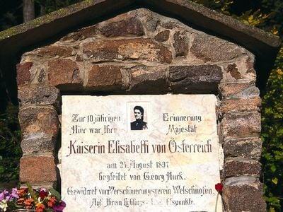 Alpine farms and a promenade dedicated to Empress Elisabeth