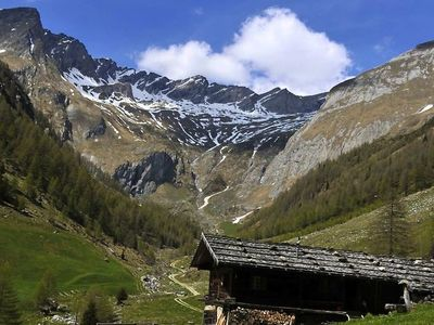 Alpine Pasture Circular Hiking Tour in Val di Fundres/Pfunderer Tal near Vandoies/Vintl