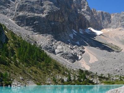 Un'escursione incredibile al lago di Sorapiss