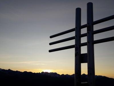 Sonnenaufgang am Watles Kreuz