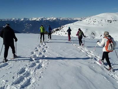 Atemberaubende Schneeschuhwanderungen rund um das mittlere Eisacktal