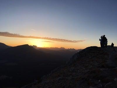 Escursione al sorgere del sole sul Corno Bianco
