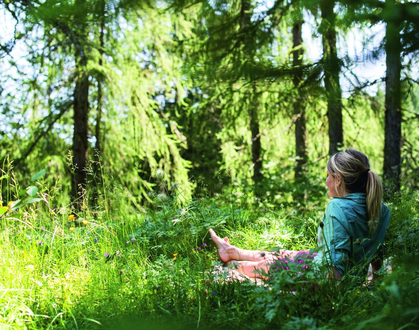 Vitalpina Relax . Bagno nel bosco
