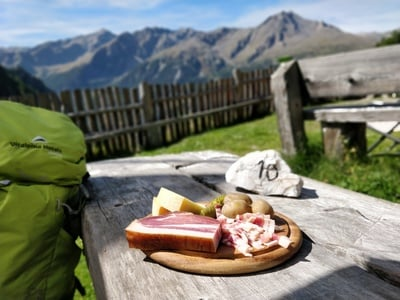 Südtiroler Marende mit Vinschger Panorama...