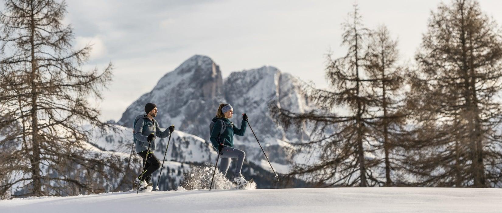 Winterzauber in Südtirol: Erlebe die verschneite Bergwelt!