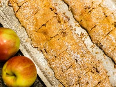 Apfelstrudel aus Südtirol