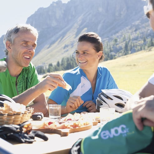Ihre Gastgeber sind selbst begeisterte Biker und vielfach professionell ausgebildete Bikeguides.