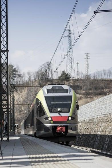 Ferrovia anziché autostrada