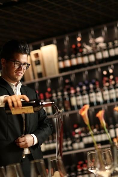 Selezione di oltre 700 etichette di vino