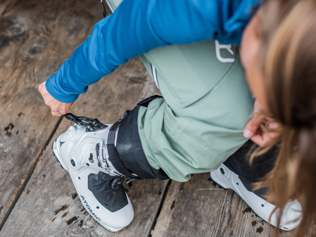 The best equipment for cross-country skiers and ski tourers
