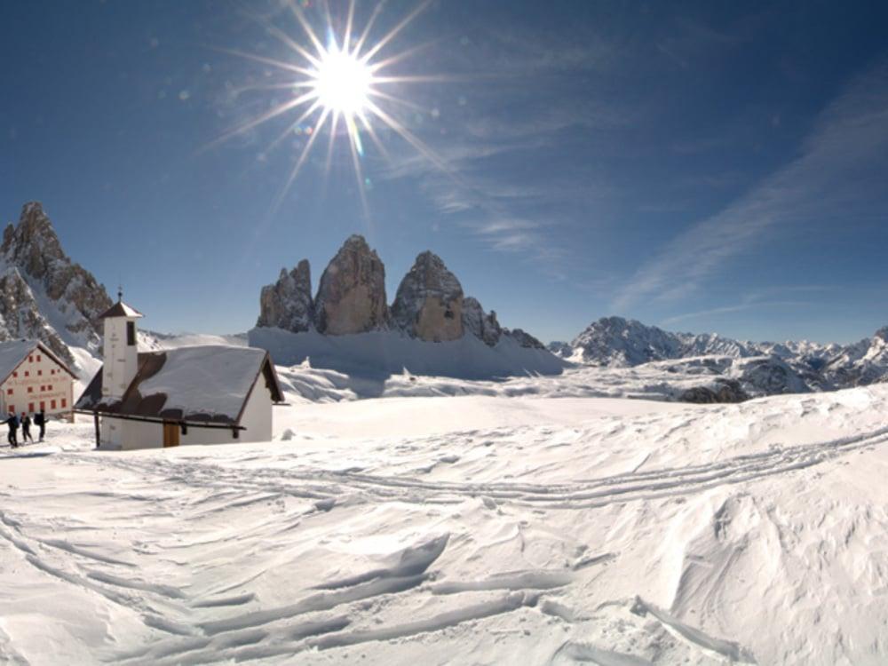 To the Drei Zinnen (Three Peaks) and the Drei Zinnen hut