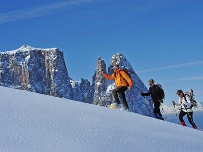 Auf leisen Sohlen im Winter der Dolomiten