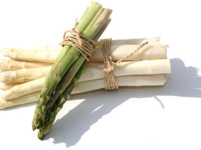 """""""Gröstl"""" di asparagi con prosciutto locale"""