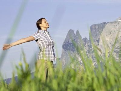 Respirate serenità e creatività andando in montagna, grazie alle nuove tecniche respiratorie delle guide Vitalpina