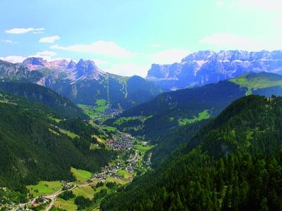 Berge und Natur auf zwei Rädern erleben