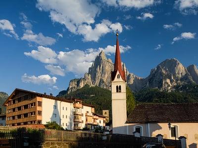 Alpine summer in the Dolomites