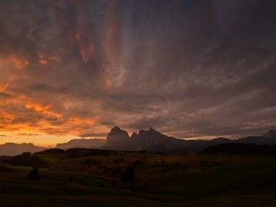 Montagne nella luce