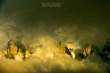 Wolkenschloss - Berge im Licht