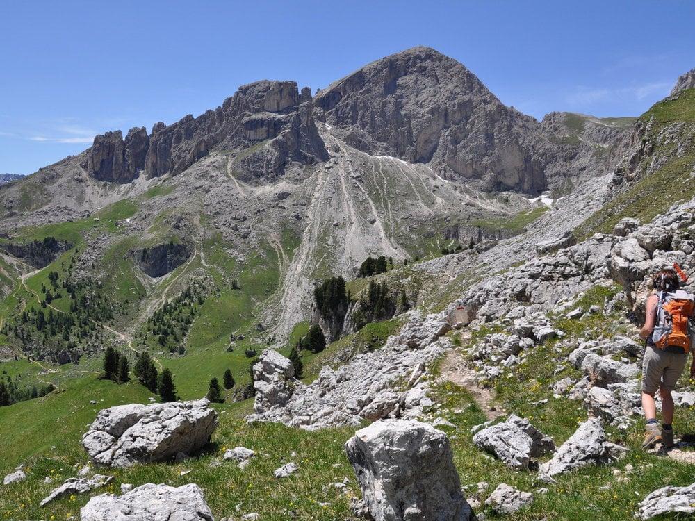 Introductory mountaineering weeks