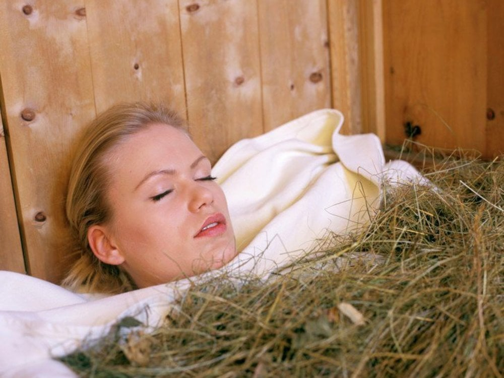 holiday with hay bath