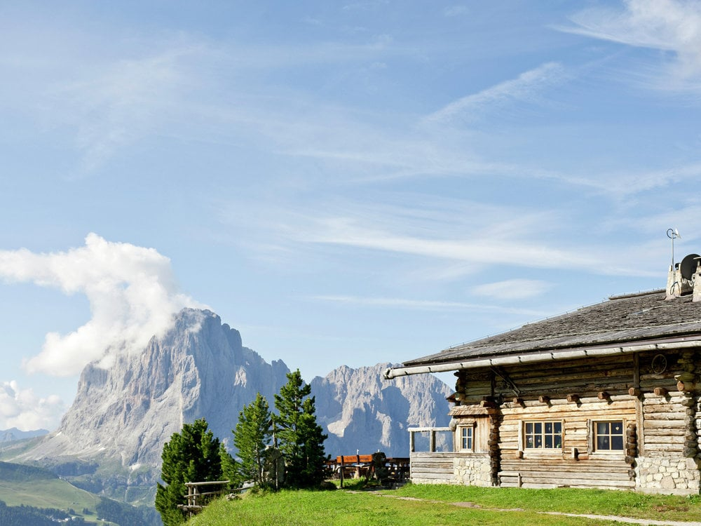 Hiking week with 2-day-tour and overnight stay in an alpine hut