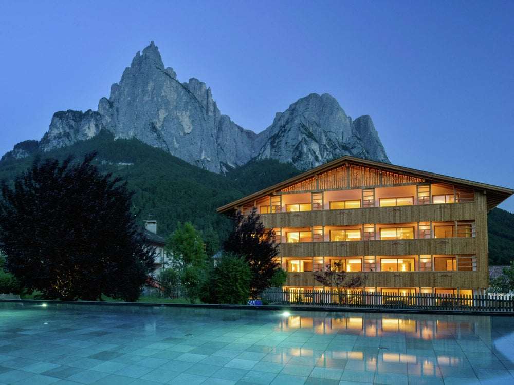 Alpine SPA: power and cult places of the Dolomites