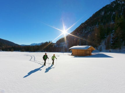 """Winter hiking & adventure"""