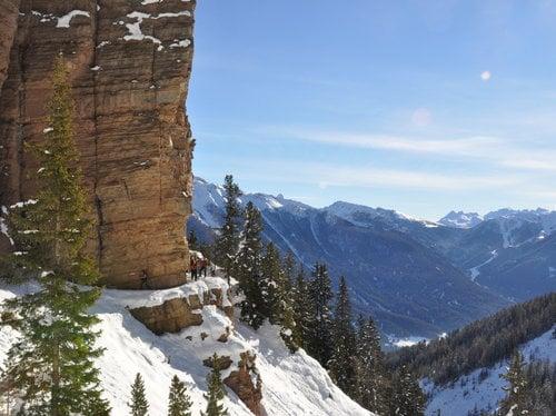 Snow-shoe mountaineers week 7=6