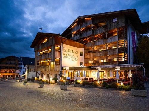 Singles in the Dolomites | Alpe di Siusi
