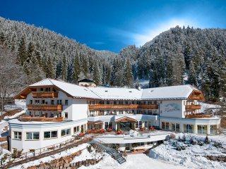 Marica Hotel & Sport